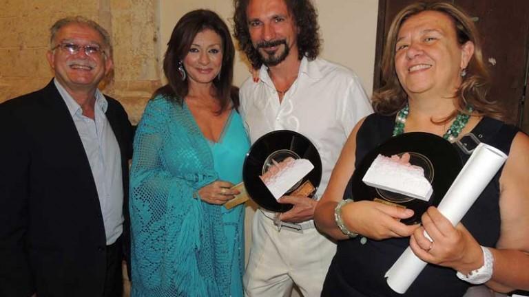 Daniela Dessì e Fabio Armiliato tra i coniugi Gianni Carluccio e Ida Blattmann D'Amelj