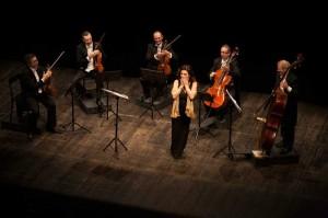 dessì-archi-all'opera-(8dicembre2015-applausi-3)_foto-Lorenzo-Breschi_rid